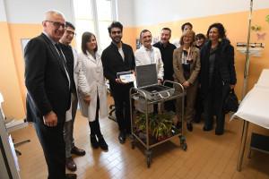 DONAZIONE   A PEDIATRIA  DEL SANT  ORSOLA  APPARECCHIATURA